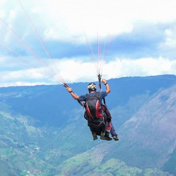 paraglide the andes